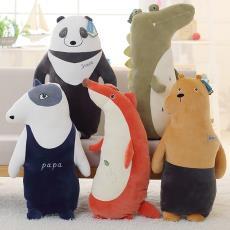 批发创意森林动物狐狸鳄鱼熊猫狗公仔抱抱熊睡觉抱枕娃娃毛绒玩具