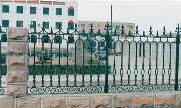 欧式铁艺护栏 长期供应 球场组装铁艺护栏 铁艺建筑家庭护栏